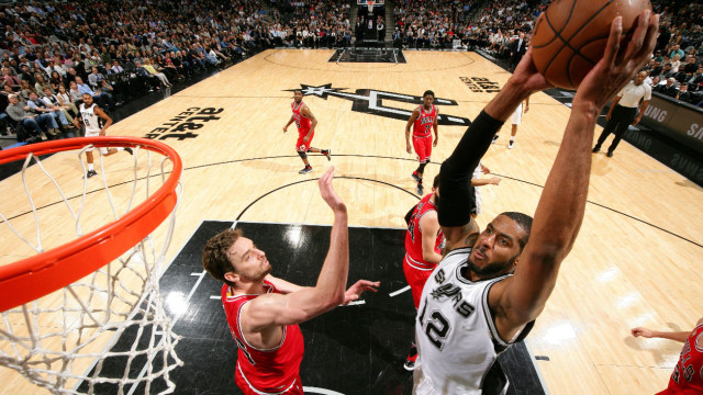 Spelmoment Spurs zege over Bulls